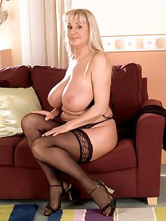 Pantyhose Mom Pics